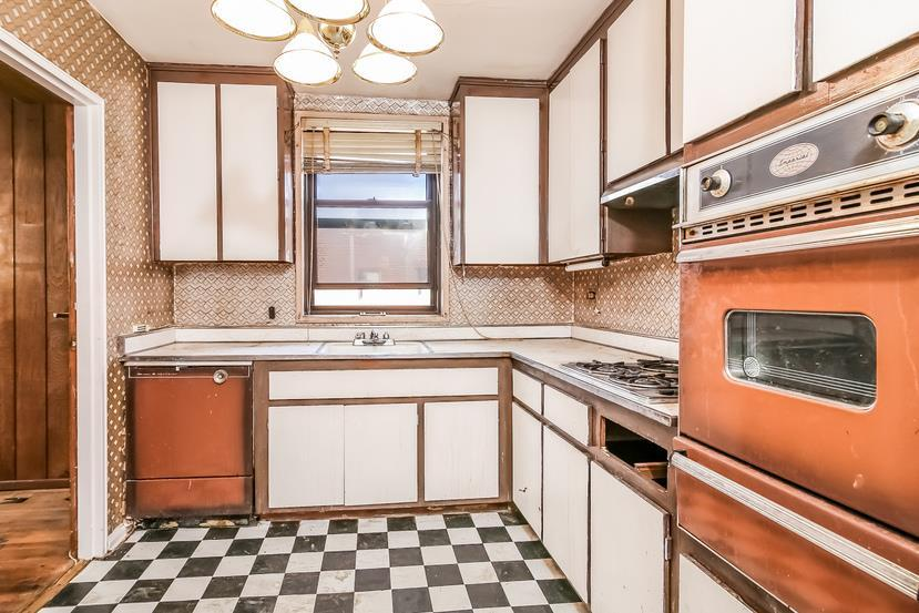 1165 East 54th Street Flatlands Brooklyn NY 11234