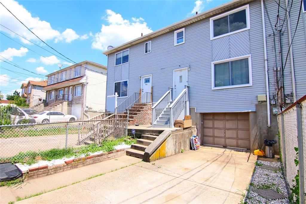 996 Olympia Boulevard Midland Beach Staten Island NY 10306