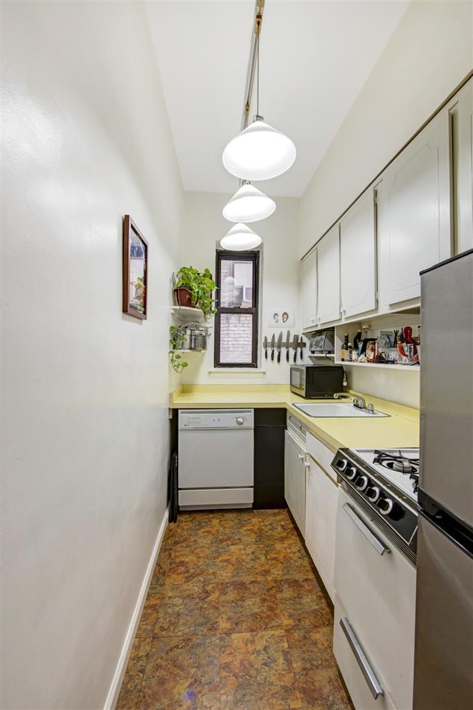 30 East 95th Street Carnegie Hill New York NY 10128