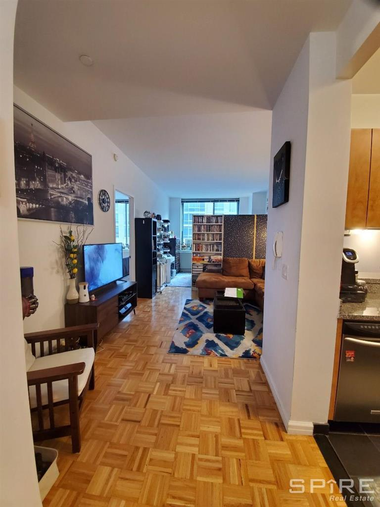 455 West 37th Street Clinton New York NY 10018