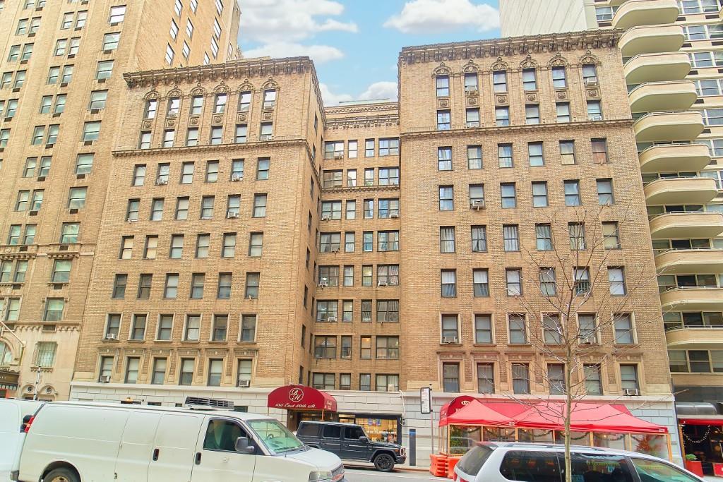 135 East 50th Street Midtown East New York NY 10022