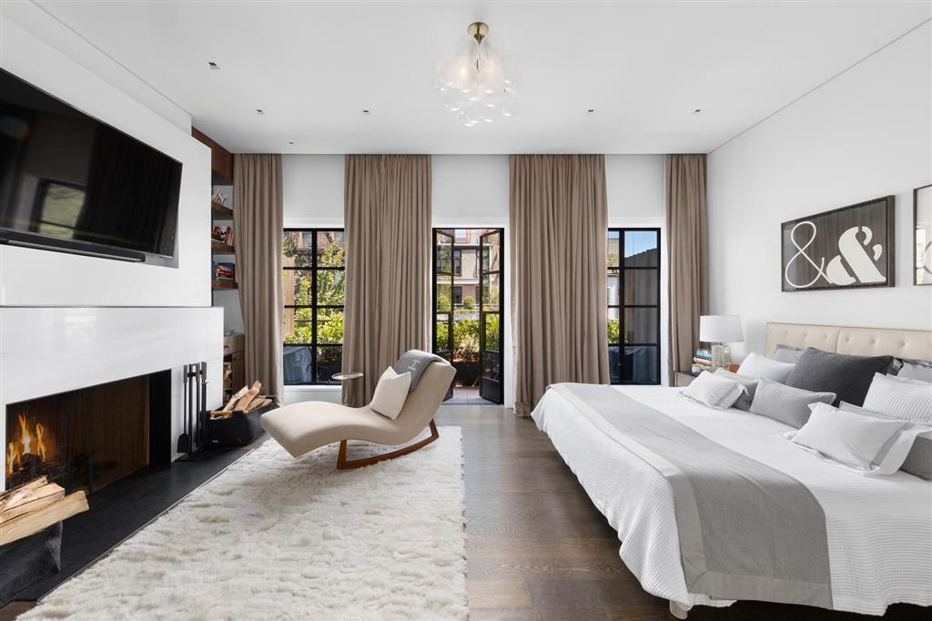 11 Saint Lukes Place W. Greenwich Village New York NY 10014
