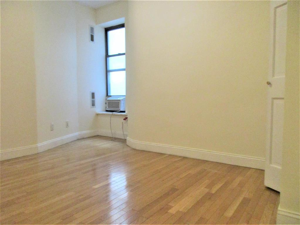 352 West 46th Street Clinton New York NY 10036
