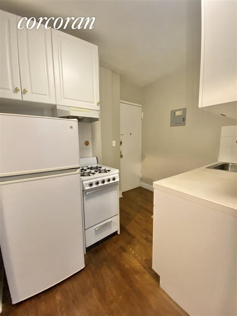 413 East 70th Street Upper East Side New York NY 10021