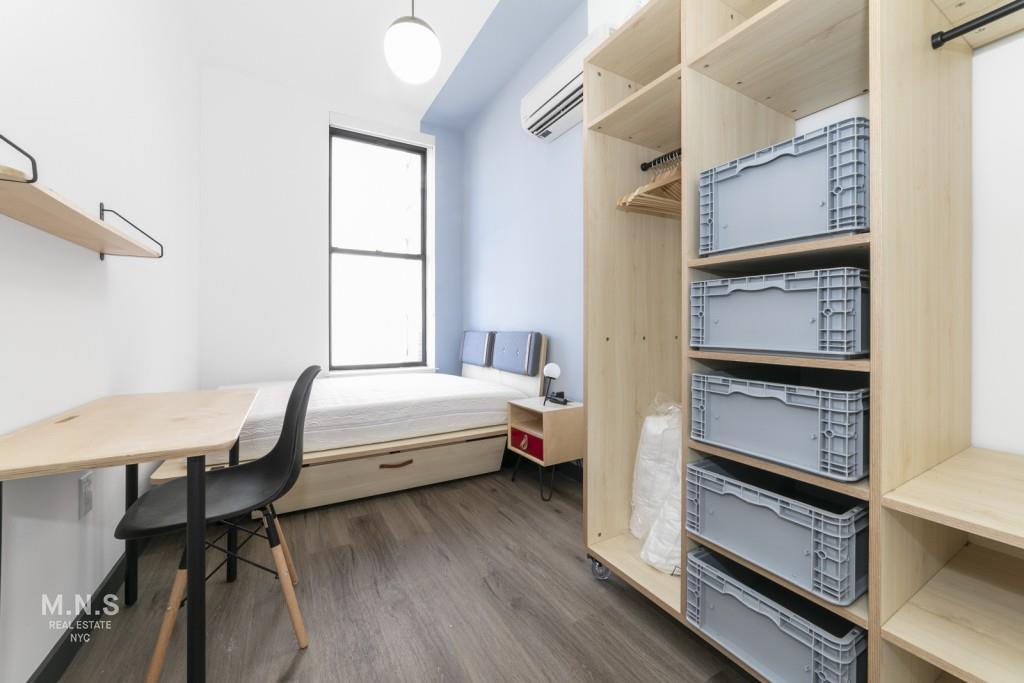 165 North 5th Street Williamsburg Brooklyn NY 11211