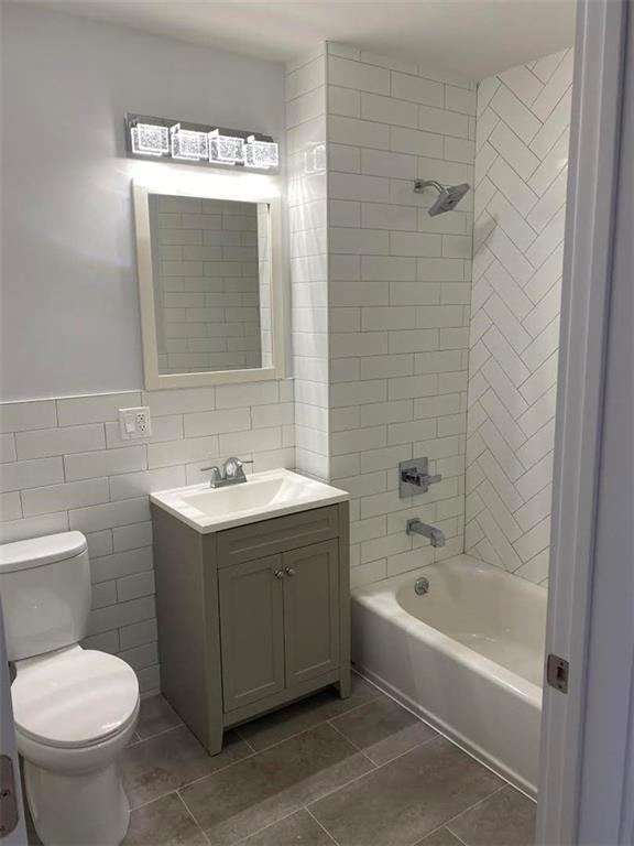 8737 19 Avenue Bensonhurst Brooklyn NY 11214