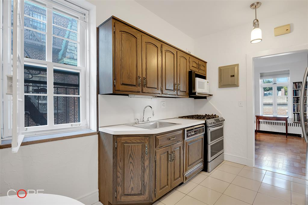 34-37 80th Street Jackson Heights Queens NY 11372