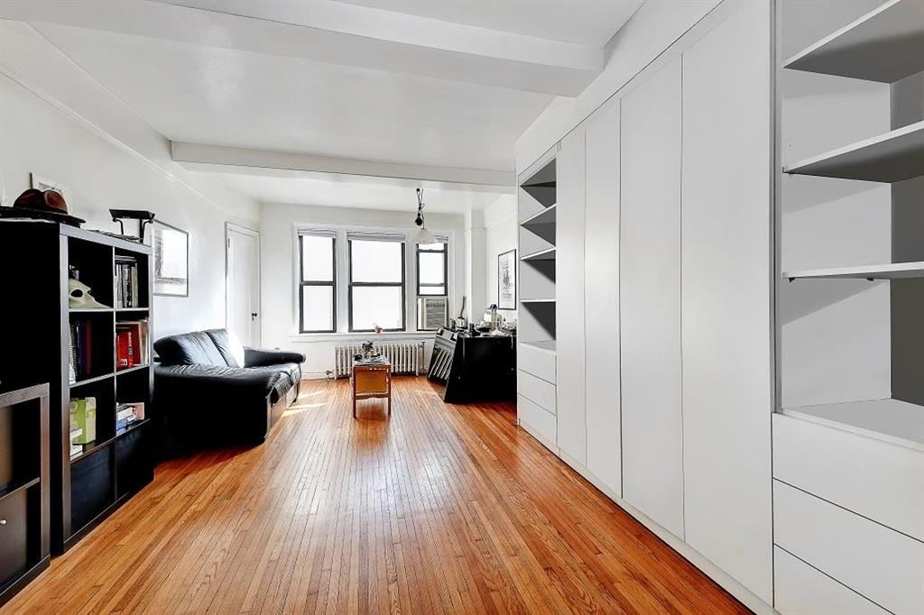 339 East 58th Street 6-E Sutton Place New York NY 10022