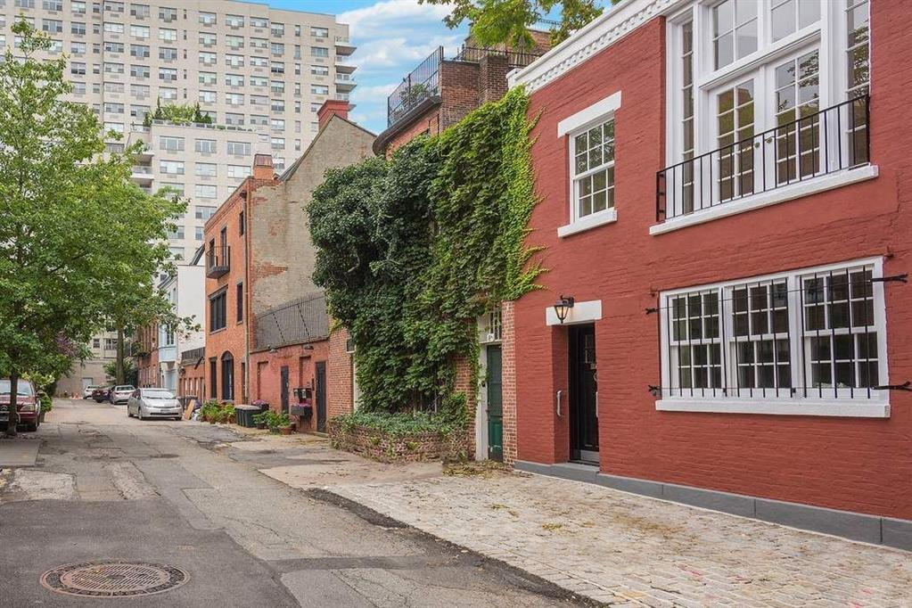 6 MacDougal Alley Greenwich Village New York NY 10011