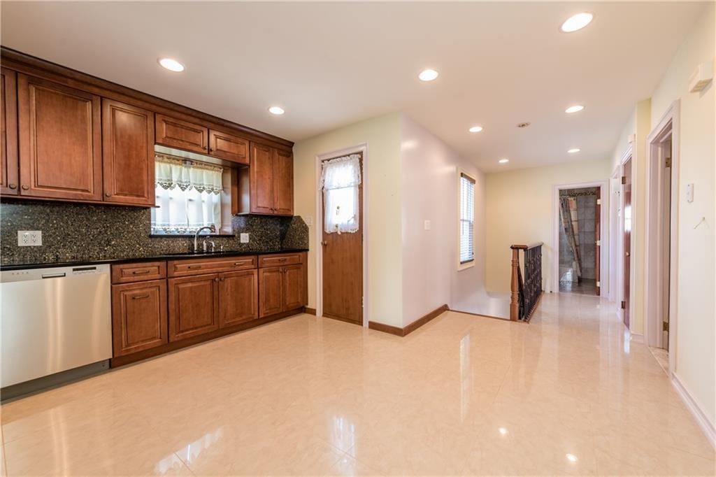 1050 67 Street Dyker Heights Brooklyn NY 11219