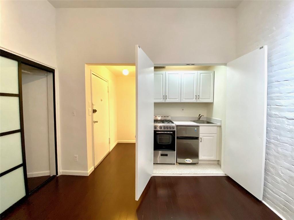 119 East 30 Street Murray Hill New York NY 10016