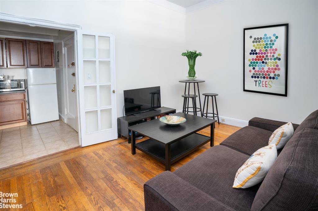 325 West 57th Street Clinton New York NY 10019