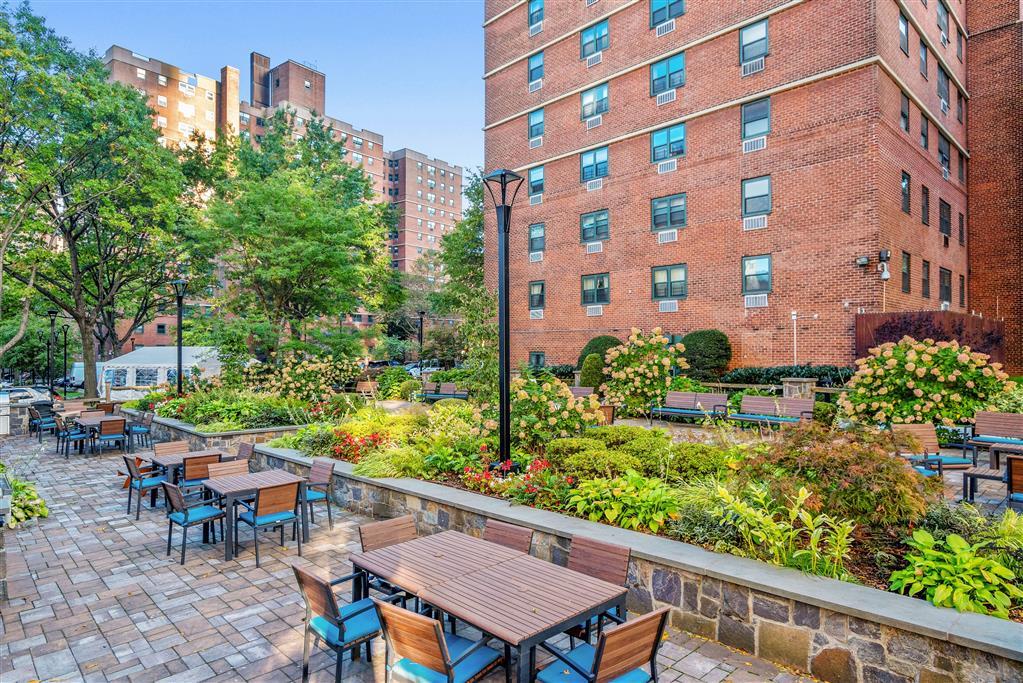 122 Ashland Place Downtown Brooklyn NY 11201