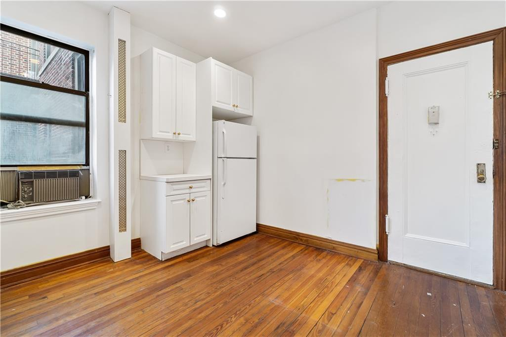 7401 4 Avenue 11E Bay Ridge Brooklyn NY 11209