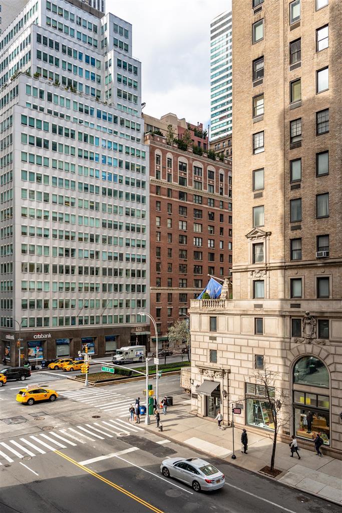 110 East 57th Street Midtown East New York NY 10022