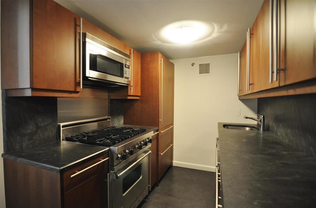 305 Second Avenue Gramercy Park New York NY 10003