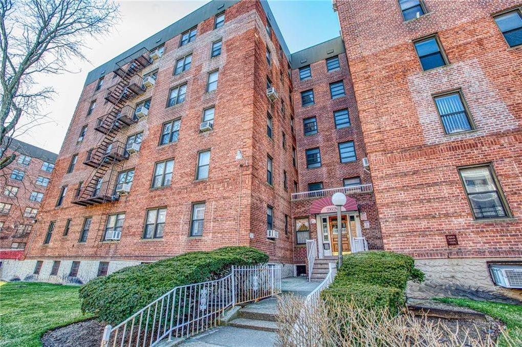 2620 East 13 Street Sheepshead Bay Brooklyn NY 11235