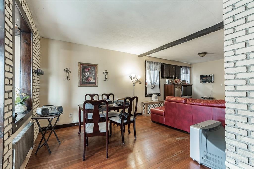 88 Maryland Avenue Rosebank Staten Island NY 10305