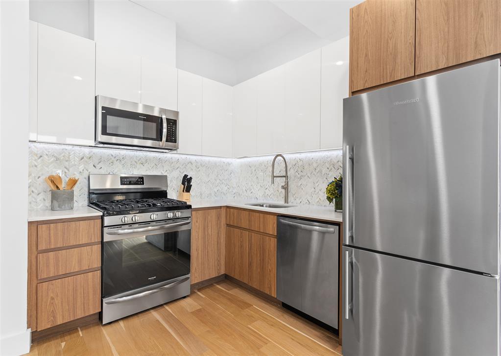 322 Gates Avenue Bedford Stuyvesant Brooklyn NY 11216