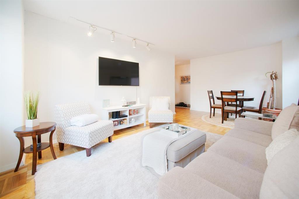 166 East 35th Street Murray Hill New York NY 10016