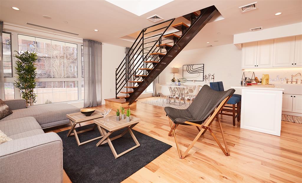 21 North Henry Street East Williamsburg Brooklyn NY 11222