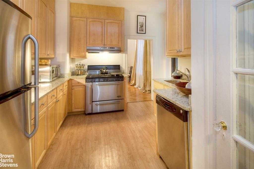 905 West End Avenue Upper West Side New York NY 10025