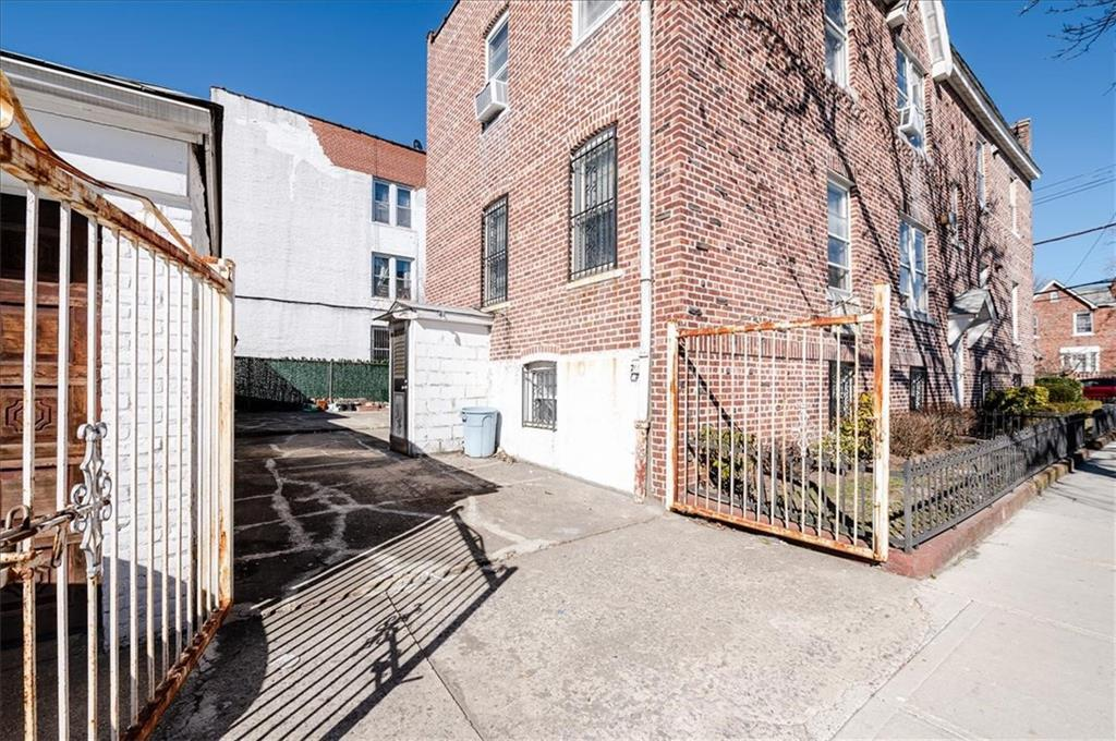 1722 Avenue V Sheepshead Bay Brooklyn NY 11229