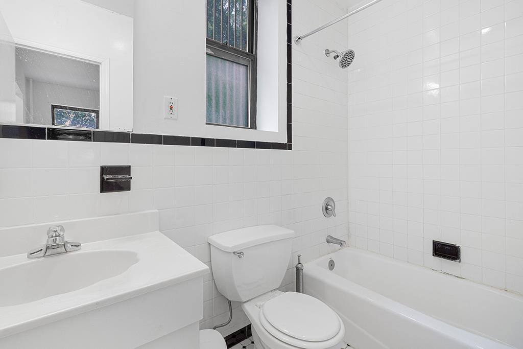 1402 Lexington Avenue Carnegie Hill New York NY 10028
