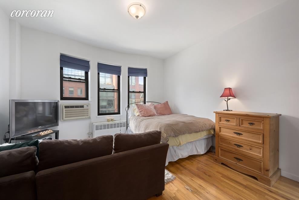 360 West 21st Street 4D Chelsea New York NY 10011