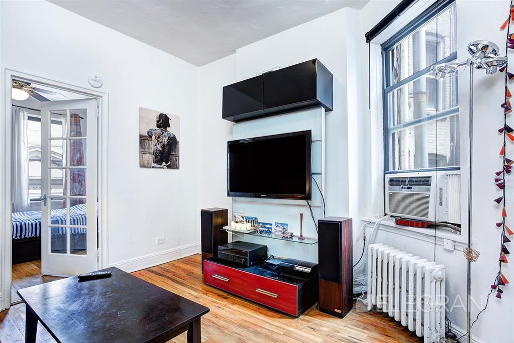 26-28 Carmine Street Greenwich Village New York NY 10014