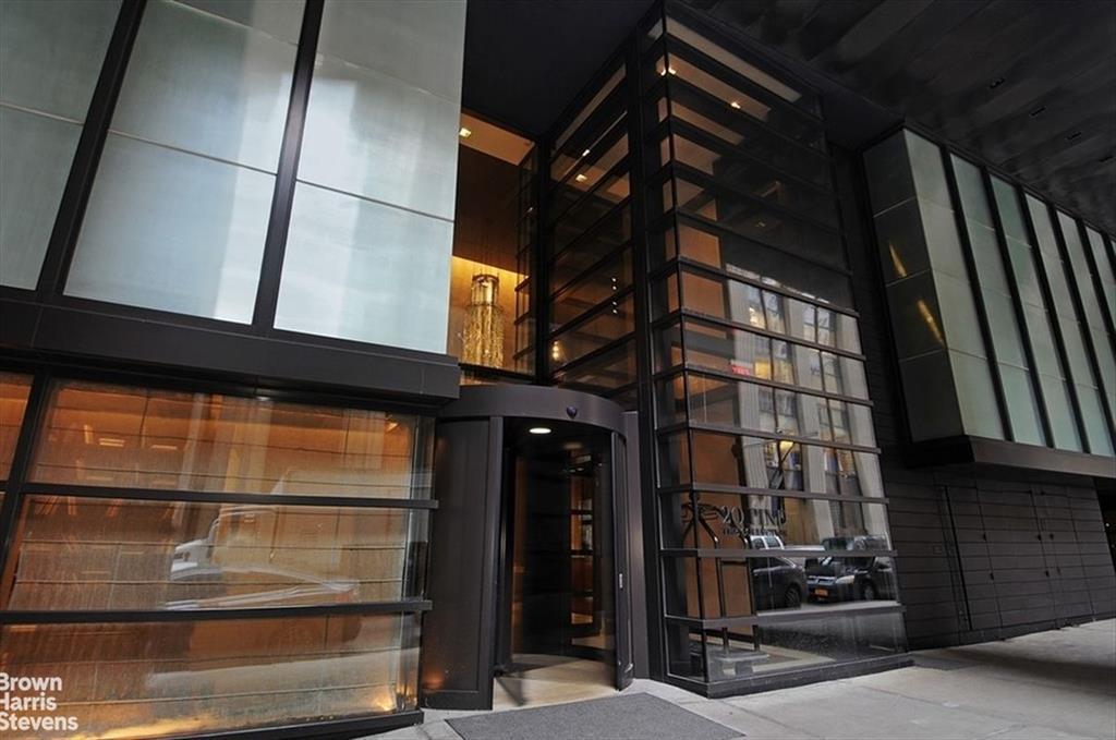 20 Pine Street 2305 Financial District New York NY 10005