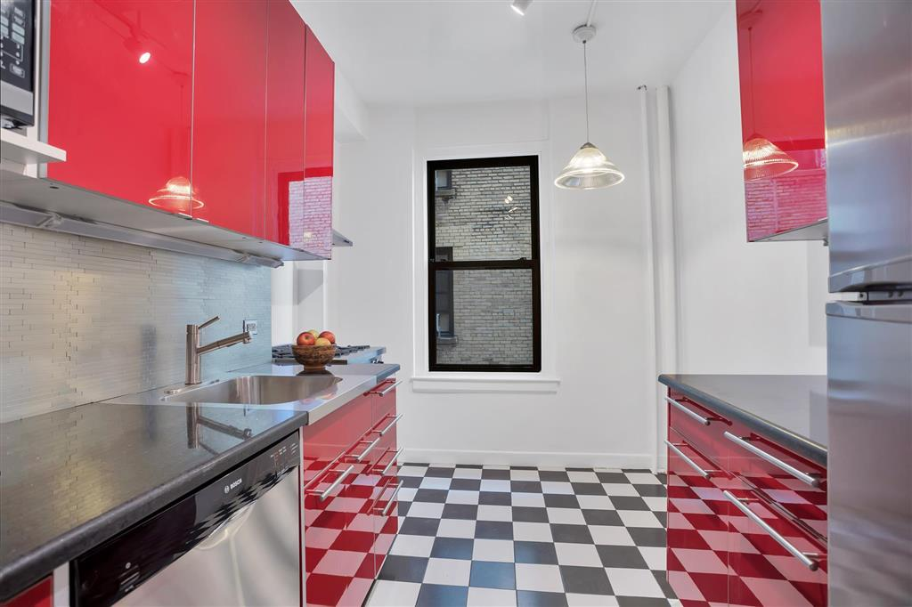 172 East 4th Street 8I E. Greenwich Village New York NY 10009