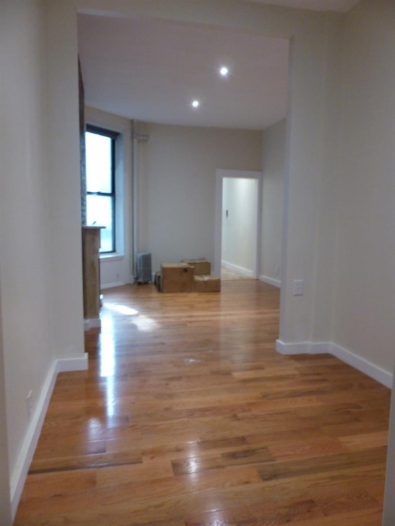 419 West 44th Street Clinton New York NY 10036