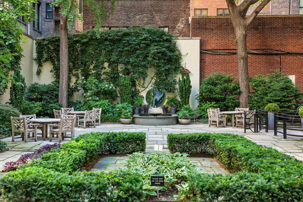 235 East 22nd Street Gramercy Park New York NY 10010