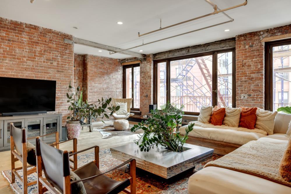 182 Lafayette Street Soho New York NY 10013