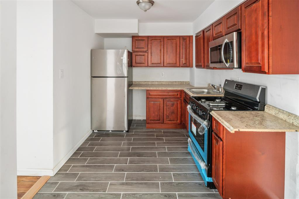 684 East 79th Street Canarsie Brooklyn NY 11236