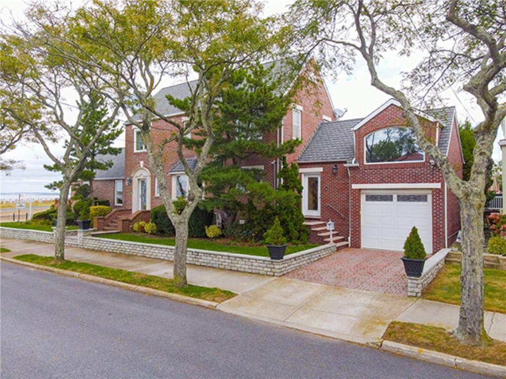 464 Beach 145 Street Neponsit Neponsit NY 11694
