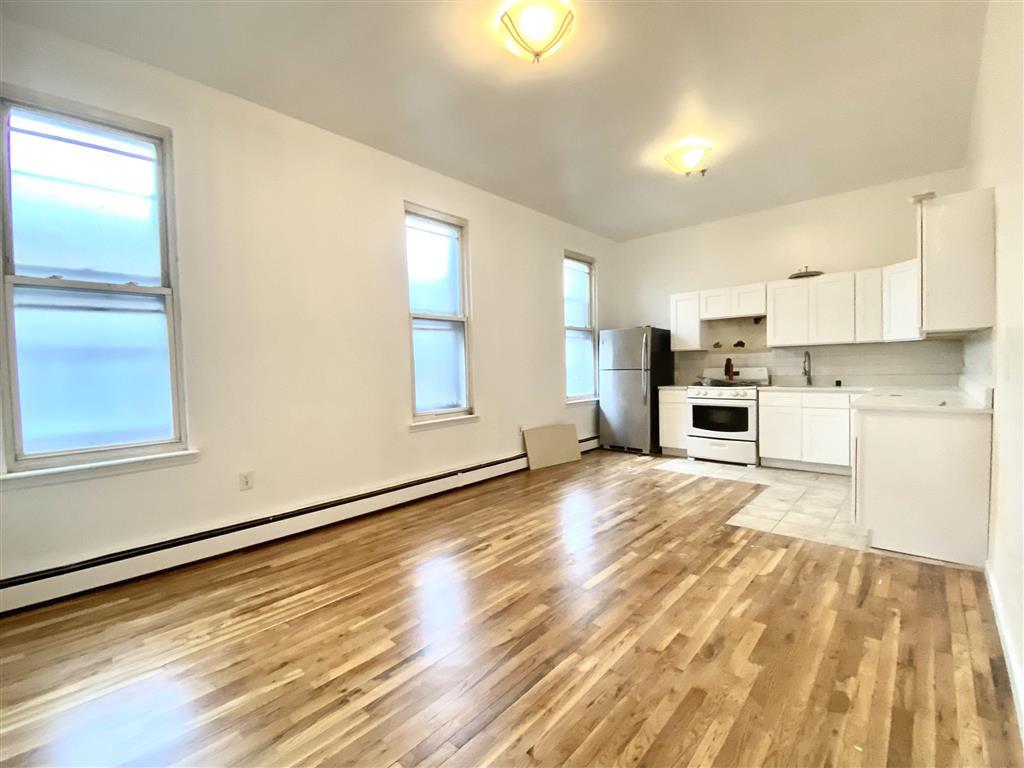 948 Broadway Bedford Stuyvesant Brooklyn NY 11221