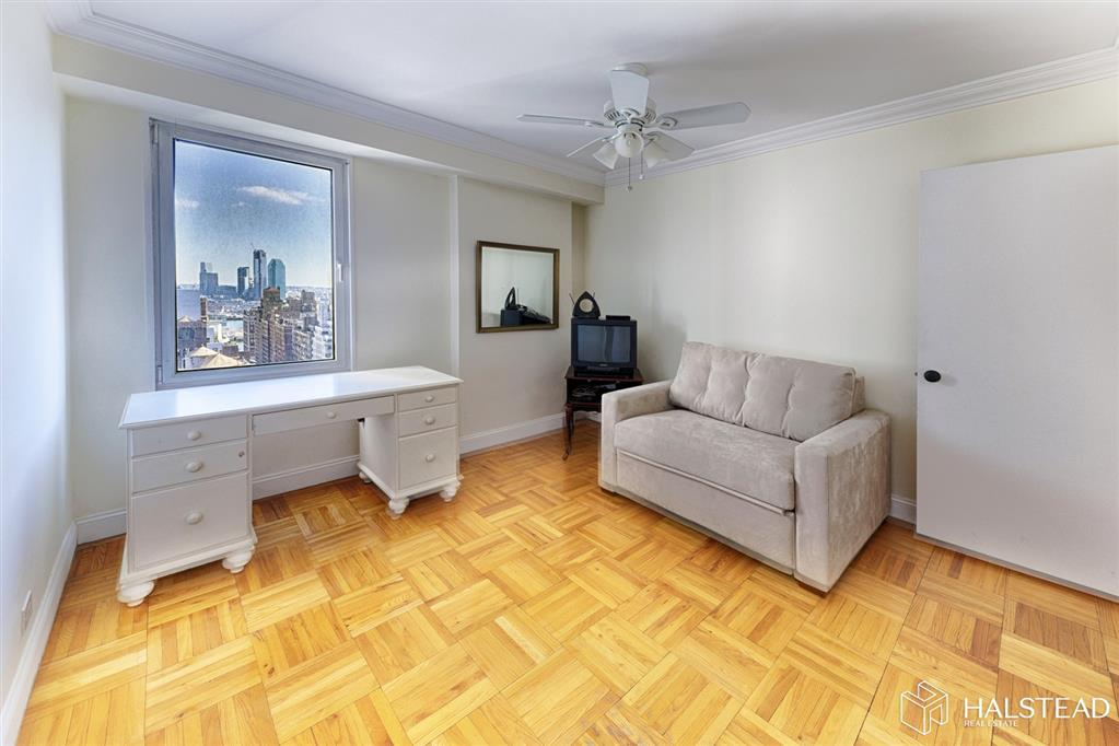 303 East 57th Street 24B Sutton Place New York NY 10022