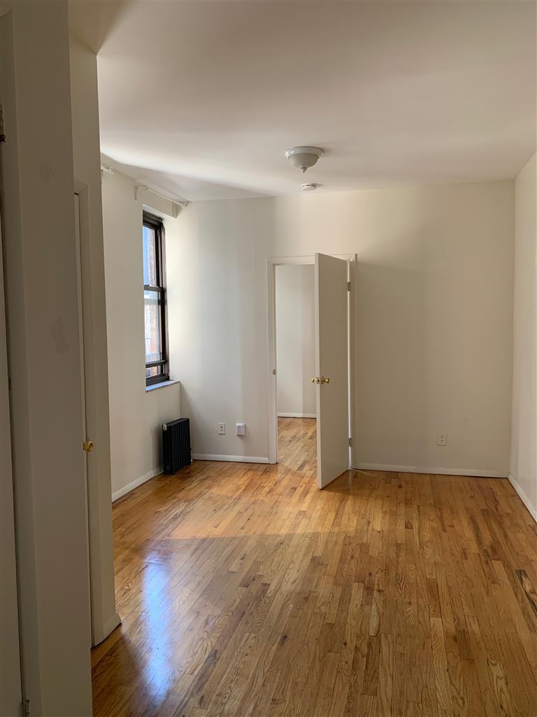 202 Thompson Street Greenwich Village New York NY 10012