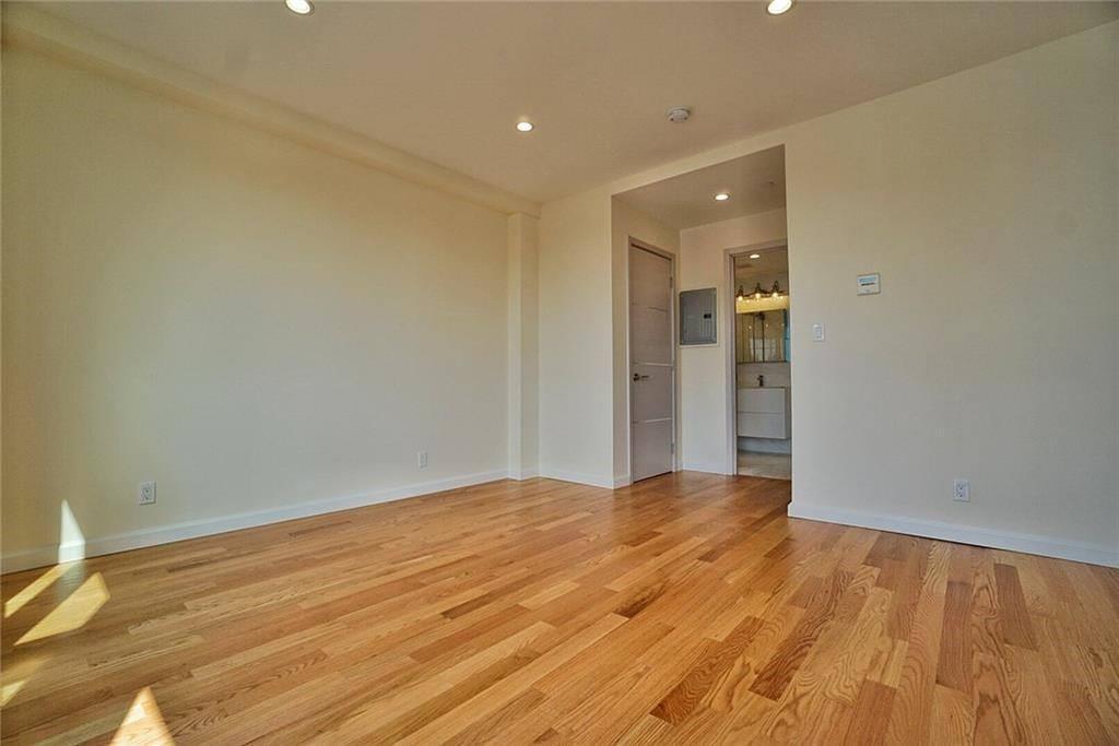 8794 17 Avenue 302 Bensonhurst Brooklyn NY 11214