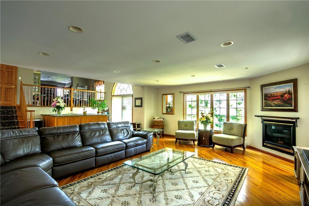 120 Milden Avenue  Staten  Island NY 10301
