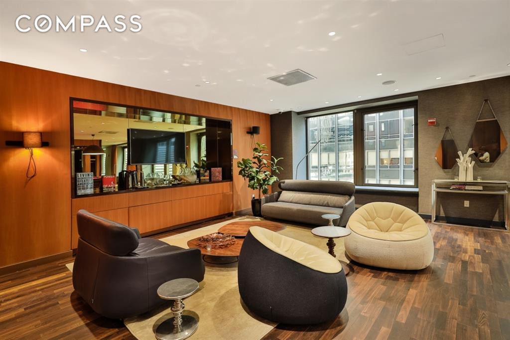 75 Wall Street 28-L Financial District New York NY 10005