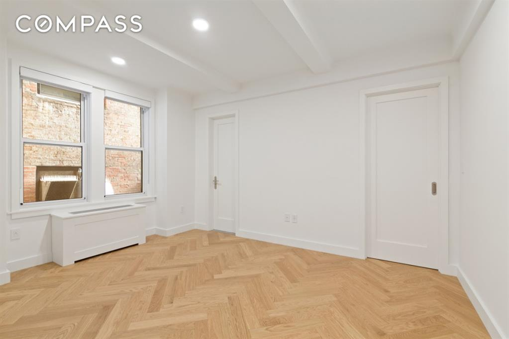 301 East 21st Street Gramercy Park New York NY 10010