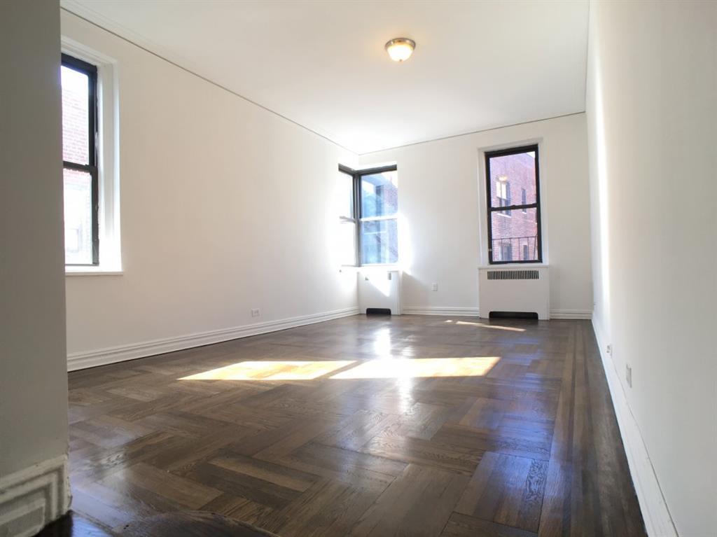 690 Fort Washington Avenue Hudson Heights New York NY 10040