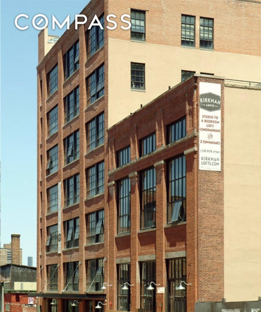 37 Bridge Street Vinegar Hill Brooklyn NY 11201