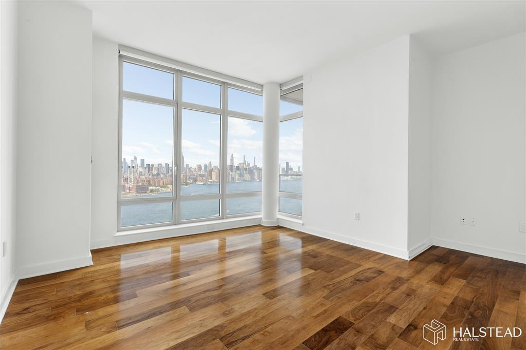 164 Kent Avenue Williamsburg Brooklyn NY 11211