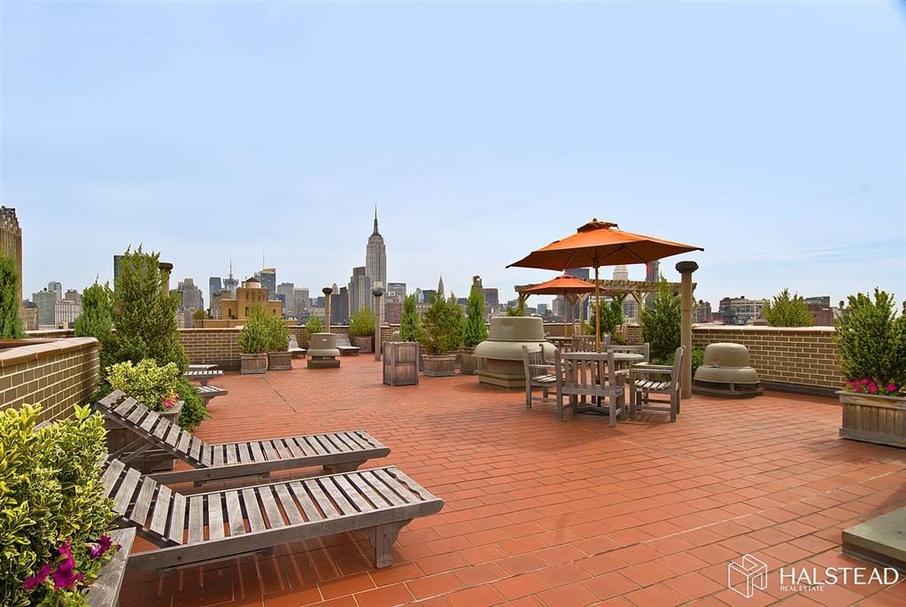 77 Seventh Avenue Chelsea New York NY 10011