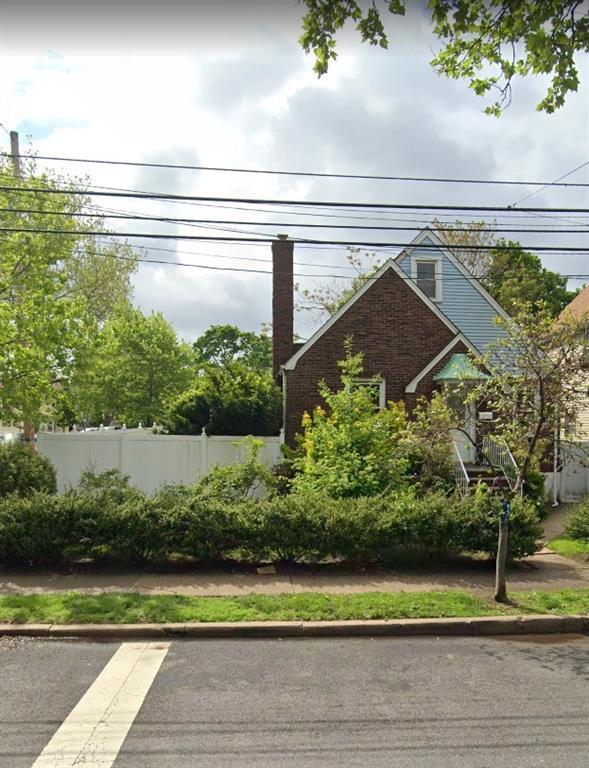 220 Hylan Boulevard Shore Acres Staten Island NY 10305