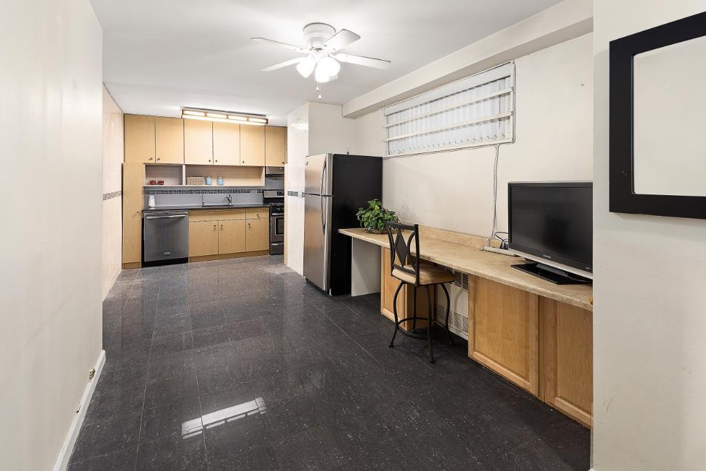 165 Park Row Lower East Side New York NY 10038